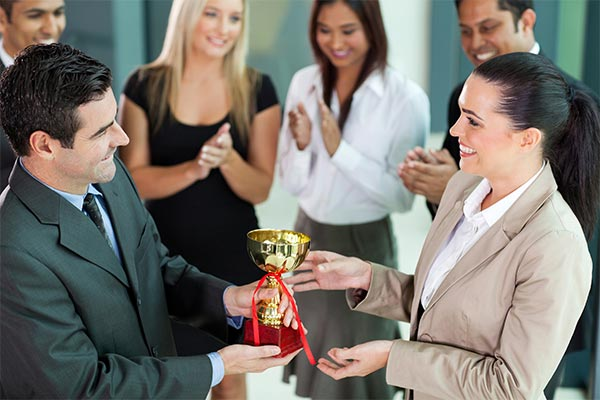 51 Employee Recognition and Appreciation Award Ideas
